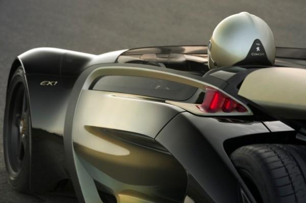 Una-dintre-cele-mai-rapide-masini-electrice-din-lume_004