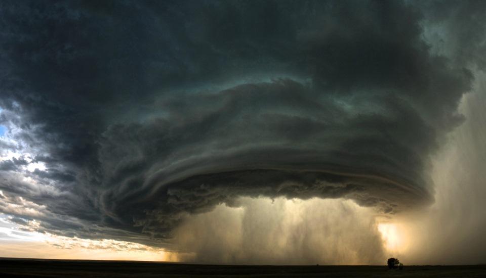 Poza-Zilei-20-Furtuna-perfecta-zuf.ro_